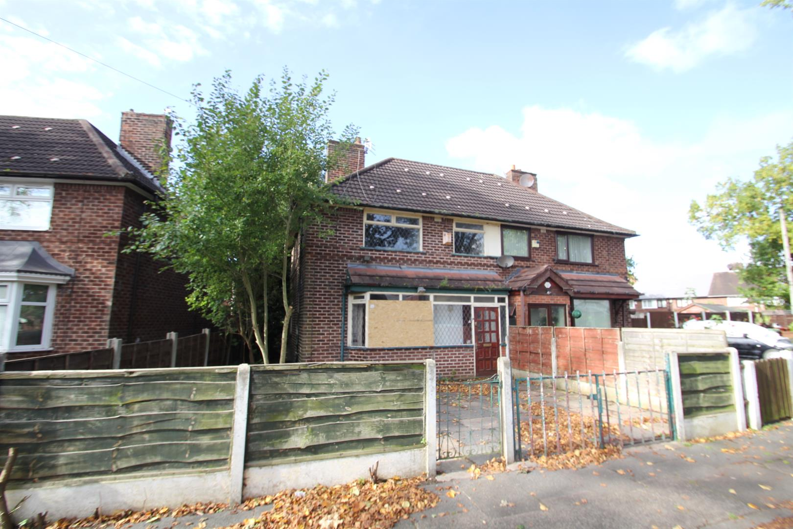 3 Bedroom House - Semi-Detached For Sale